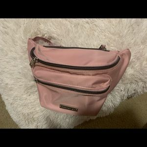 Steve Madden light pink Satin fanny pack